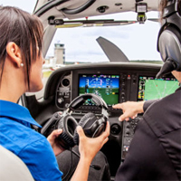Pilot für einen Tag im Flugzeug